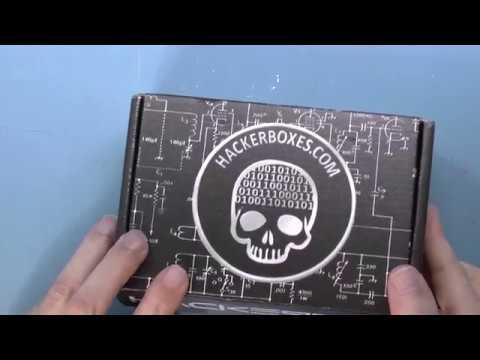 Unboxing: Hackerboxes 0038 - Robert Baruch