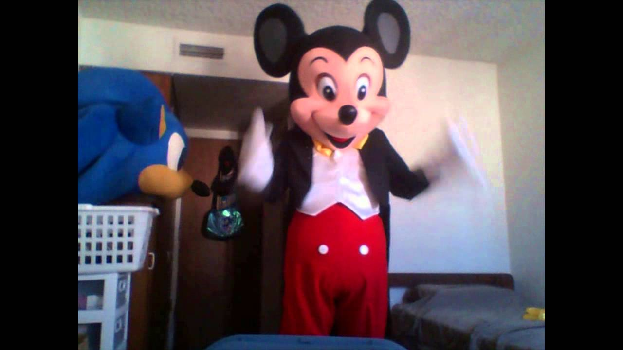 New Costume Mickey Mouse & New Costume Mickey Mouse - YouTube
