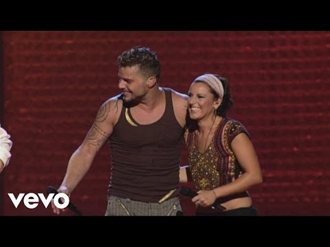 Ricky Martin - Tu Recuerdo ft. La Mari De Chambao (Live at Black & White Tour)
