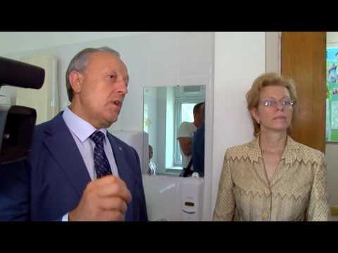 Глава региона посетил Саратовскую городскую детскую поликлинику №2