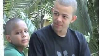 MARTELLY FAMILY CHRISTMAS SONG( NWEL TRIS-NWEL BEL)