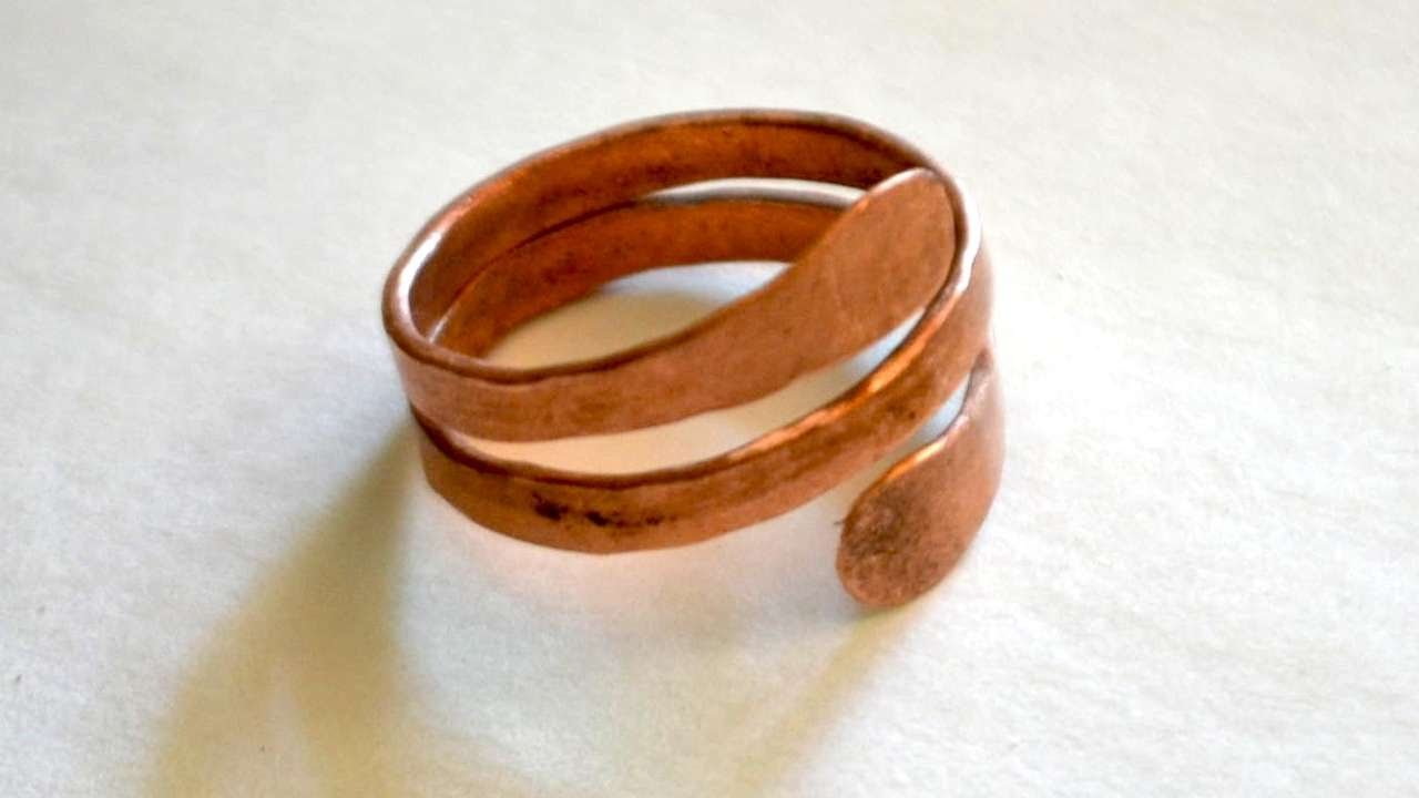 How To Make A Hammered Mens Copper Ring - DIY Style Tutorial ...