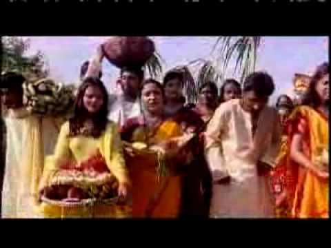 Chhoti Muti Sunder Beti Ke by Sharda Sinha For Chhath Song.flv thumbnail
