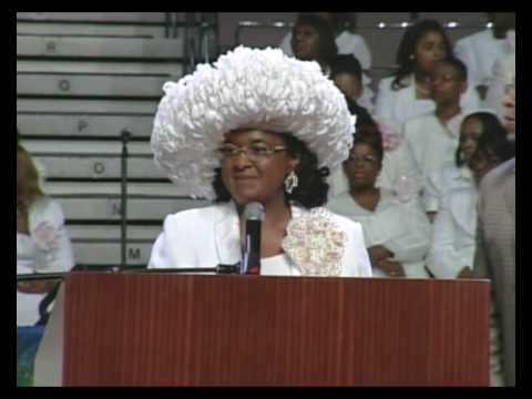 1st Lady Shirley Wooten in the 58th Womens Conv in Kansas City Mo - COGIC 44c85dc9d53