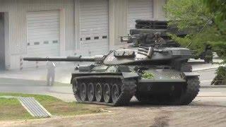 信太山駐屯地 74式戦車暴走ス ケガなくて何より