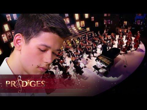 """Lucas joue """"la Campanella"""" de Franz Liszt - Prodiges 5"""