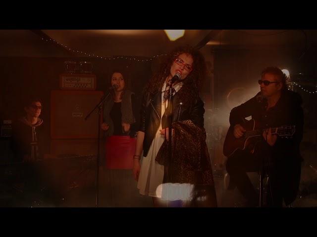 Marót Viki és a Nova Kultúr Zene