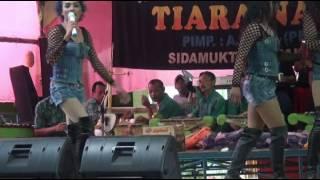 Download Video PENARI ULAR !!! HOT AND SADIS.....TRIO IBLIS MP3 3GP MP4