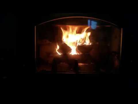 kaminofen kamin ofen richtig anfeuern um die umwelt zu. Black Bedroom Furniture Sets. Home Design Ideas