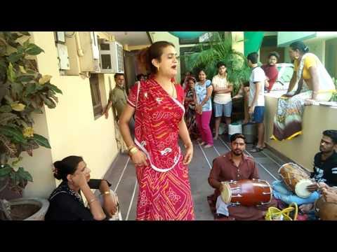 Badhai dance
