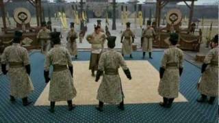 vuclip Ip man vs 10 Japanese Black belts - Parody  葉問戲仿 花田囍事2010
