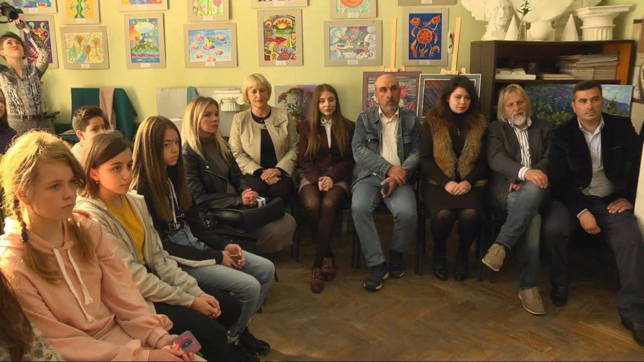 Художники з Прикарпаття відзначили професійне свято (відеосюжет)