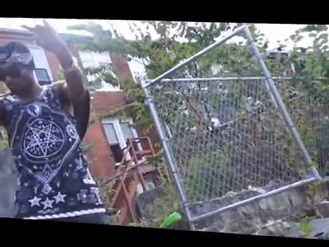 Young Memphis - black bandana Official Video