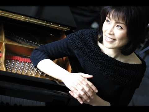 Noriko Ogawa plays Prokofiev Piano Sonata No7 1st. Movement.