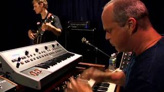 Medeski, Martin & Wood - Broken Mirror (Live At Moog)