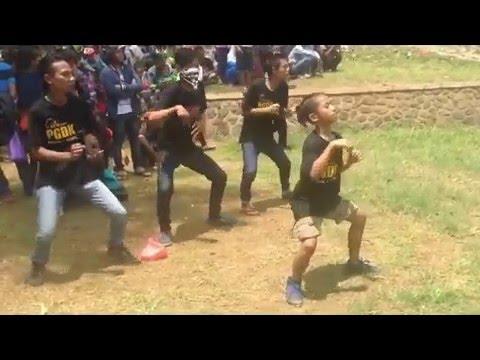 Senam Joget PGDK (Pasukan Goyang Dangdut Koplo) - Kanggo Riko