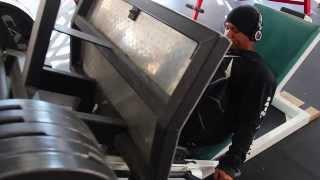 IFBB Pro Martae Ruelas -  Leg Press at MetroFlex Gym Phoenix