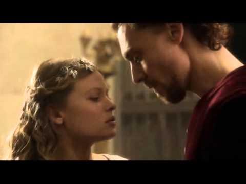 Henry V & Kathryn, The Kiss
