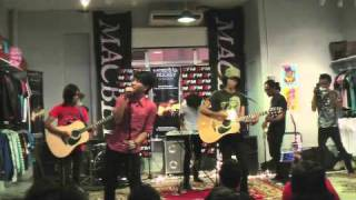 Video XFM Macbeth Secret Show - Grey Sky Morning: Cinta Gila download MP3, 3GP, MP4, WEBM, AVI, FLV Desember 2017