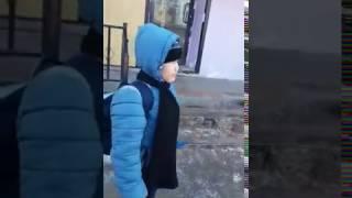 Прикол на казахском. Где сумка?