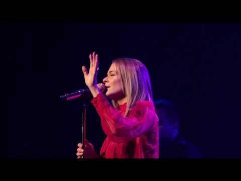 LeAnn Rimes - One Way Ticket (Re-Imagined) Live