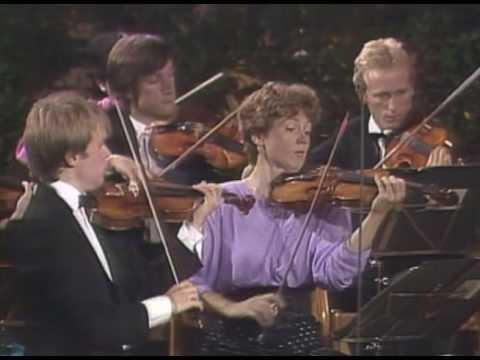 Schubert Symphony No.1 D.82 Sandor Vegh Salzburg, 1988.