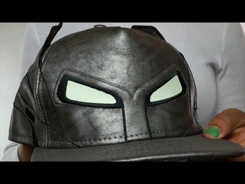 ec6e3b72cde Batman  CHARACTER HELMET  AFRAME Fitted Hat by New Era - YouTube