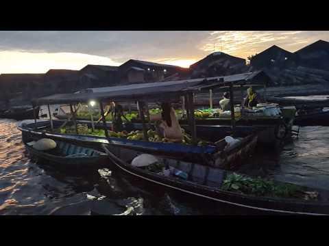 Banjarnadin a Floating Market at Kuin-Barito river,