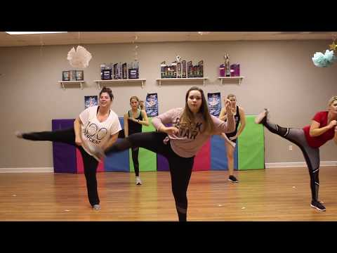 THE CHAMPION  CARRIE UNDERWOOD FEAT LUDACRIS  DANCE FITNESS