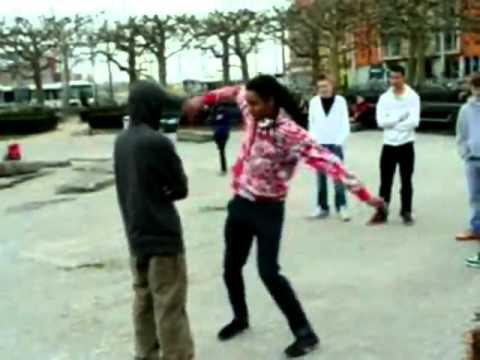 Tecktonik VS Shuffle battle