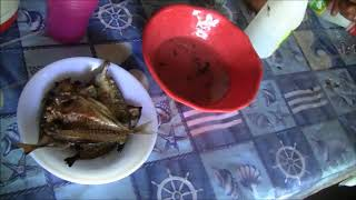 DRIED FISH AND BISAYANG MANOK FOR LUNCH EXPAT SIMPLE LIFE PILIPPINES