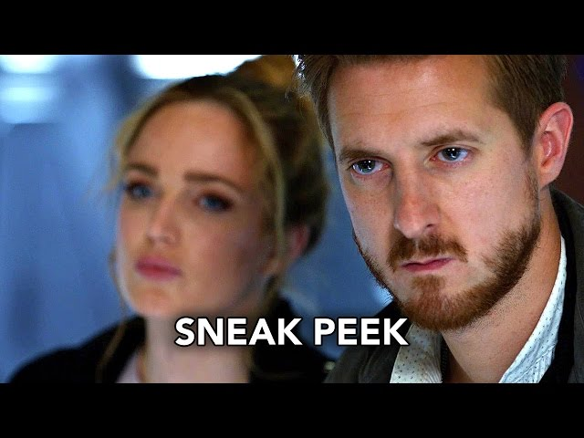 "DC's Legends of Tomorrow 2×01 Sneak Peek #2 ""Out of Time"" (HD)"