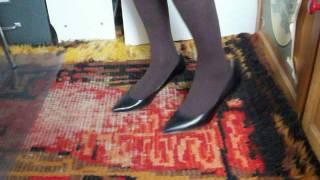 my loose 9West Zeena heel slipping in brown pantyhose 18feb17 005   Sid S