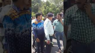 Must watch ll fight ll traffic  police with  public