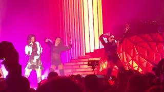 Nyusha / Нюша - Зажжём пламя, Не боюсь (Big Love Show 2018, Санкт-Петербург)