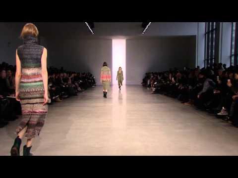 Calvin Klein Collection Women's Fall 2014 Runway Show