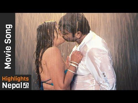 Bhojpuri Movie Dilwale Hot Item Song   Bhojpuri song - रिम झिम पानी परे   Ma Radhika International