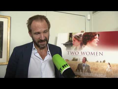 'Russia is inspiring to me': Ralph Fiennes talks to RT about his latest film 'Two Women'