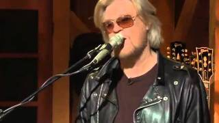 Private Eyes - Mayer Hawthorne, Daryl Hall, Booker T, Live From Daryl