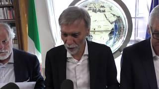 """Delrio fugge alle domande dei giornalisti su """"caso"""" Minniti"""