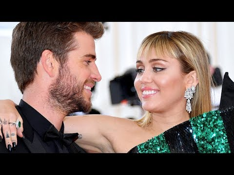 Miley Cyrus BEGGING Liam Hemsworth To Take Her Back & FORGIVE Her!