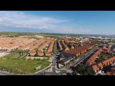 Una pequeña vista de Mejorada Del Campo desde el aire