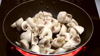 Теплый салат из шампиньонов