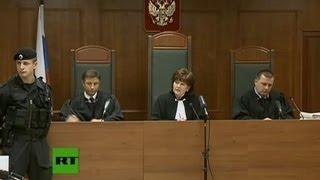 Кассация Pussy Riot 10 октября (ПОЛНОЕ ВИДЕО)(Прямая трансляция заседания Мосгорсуда, на котором рассматривается кассационная жалоба на приговор участ..., 2012-10-10T10:53:17.000Z)