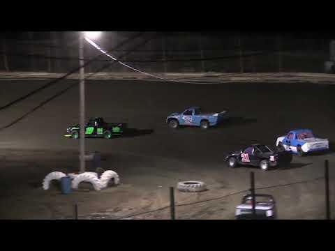 Hilltop Speedway Dirt Truck Feature 4-12-19