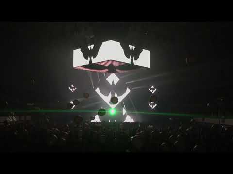 Bassnectar Outro (Night One) @ Basscenter XII (Beyoncé-Luke Vibert-Aphex Twin-Black Sabbath)