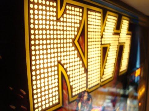 Bally's 1979 KISS Pinball Machine !  Gameplay, Artwork Overview