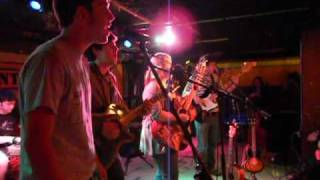 Julia Nunes,Mike, Wade Johnston & The Navigators-Through The floorboards Columbus Oh Thumbnail