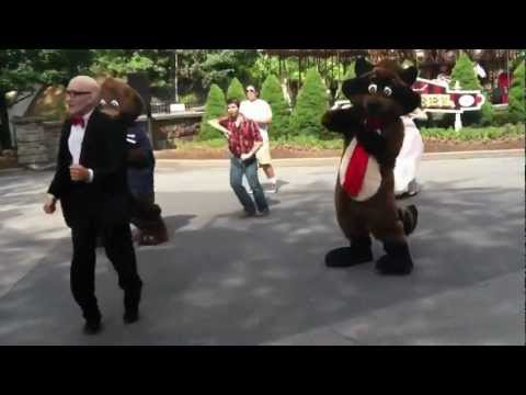 Mr Six Dances To The Six Flags Theam Song 2012