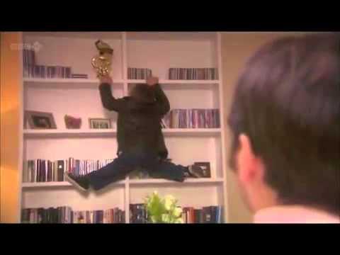 Lifes Too Short - Warwick Davis Climbs For Award
